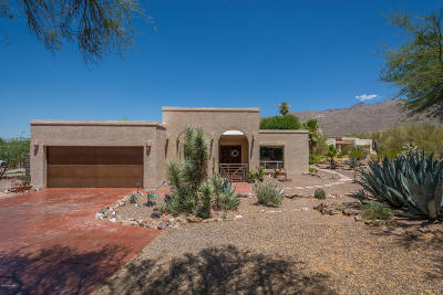 Pima County, Pinal County Single Family Home Active Contingent: 11121 E Via Madre