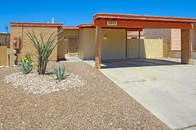 Tucson Single Family Home For Sale: 7011 N Starview Drive
