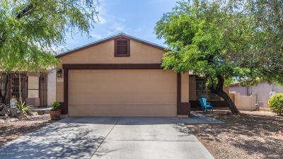 Tucson Single Family Home Active Contingent: 5370 S Crown Jewel Drive