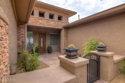Oro Valley Single Family Home Active Contingent: 11822 Mountain Laurel Place