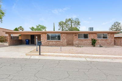 Tucson Single Family Home For Sale: 963 N Larry Place
