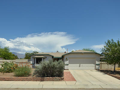 Tucson Single Family Home Active Contingent: 5600 N Baybrook Road