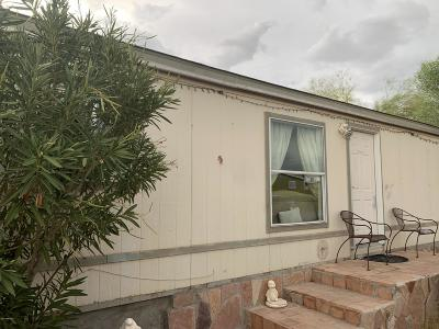 Pima County Manufactured Home Active Contingent: 3744 E Milton Road