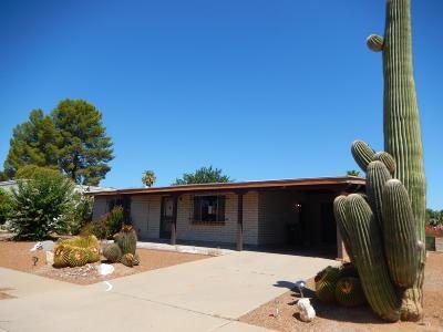 Green Valley Single Family Home Active Contingent: 147 E El Viento