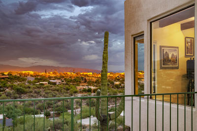 Single Family Home Active Contingent: 5718 N Paseo Ventoso
