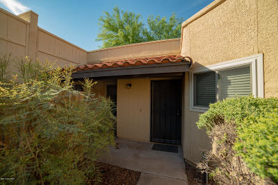 Pima County Townhouse Active Contingent: 4317 W Pyracantha Drive