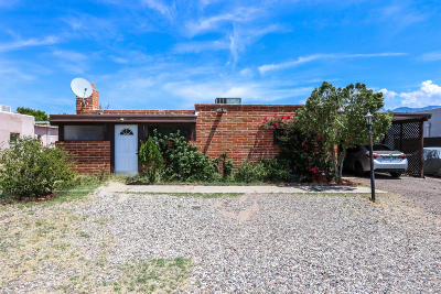 Single Family Home For Sale: 425 E Calle Arizona