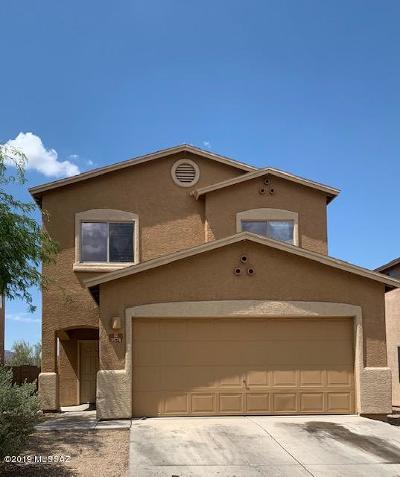 Single Family Home Active Contingent: 3574 W Center Mountain Way