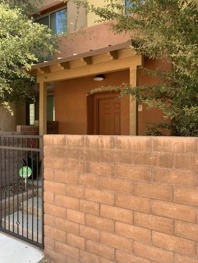 Pima County, Pinal County Townhouse For Sale: 2394 E Blue Diamond Drive