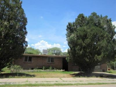 Santa Cruz County Single Family Home For Sale: 20 Garden View Dr