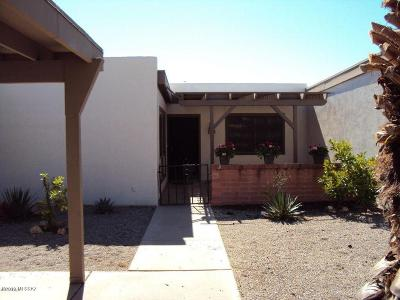 Green Valley Townhouse For Sale: 175 W Calle Del Chancero