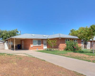 Single Family Home For Sale: 6452 E Calle Luna