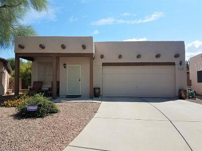 Single Family Home For Sale: 8286 N Placita Picante