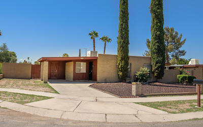 Tucson Single Family Home Active Contingent: 6928 E Nelson Drive