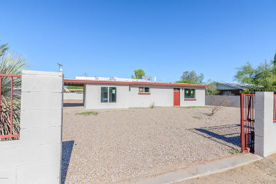 Single Family Home Active Contingent: 1918 S Cloverland Avenue