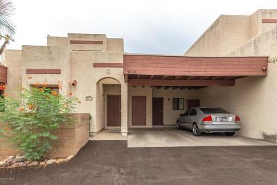 Townhouse For Sale: 5866 N Placita De Las Lomitas