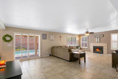 Single Family Home For Sale: 10272 N Cape Fear Lane