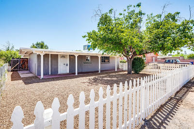 Pima County Single Family Home For Sale: 4002 E Flower Street