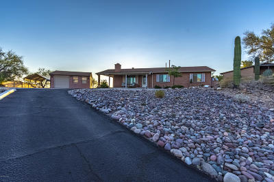 Oro Valley Single Family Home Active Contingent: 10301 N Placita Lujoso