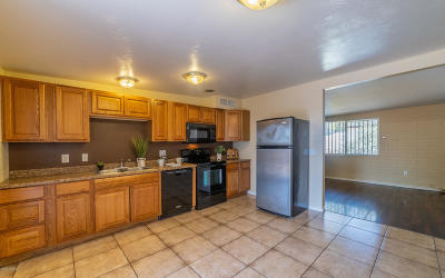 Tucson AZ Townhouse For Sale: $112,000