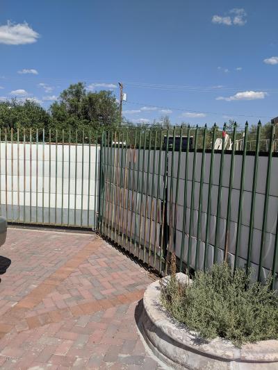 Tucson Single Family Home For Sale: 944 N Alvernon Way