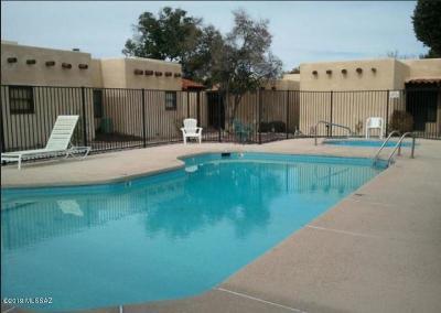 Tucson Townhouse Active Contingent: 3061 N Sparkman Boulevard