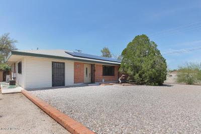 Single Family Home For Sale: 5204 E 5th Street