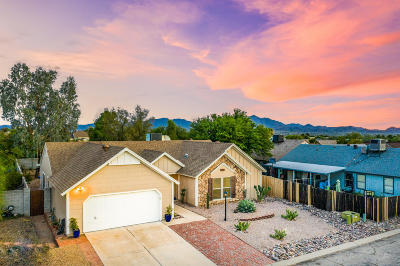 Pima County Single Family Home Active Contingent: 4051 W Keeler Street