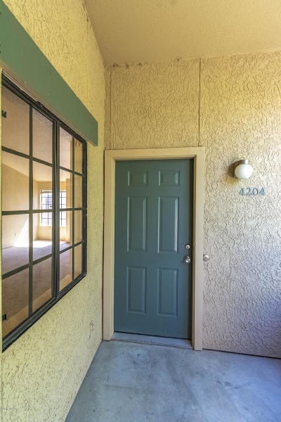 Tucson Condo For Sale: 101 S Players Club Drive #4204