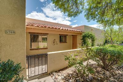 Tucson Townhouse For Sale: 5769 N Camino Esplendora