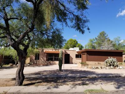 Pima County Single Family Home For Sale: 26 W Andrew Potter Street