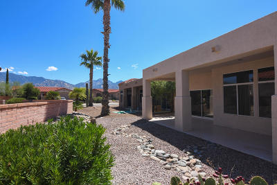 Oro Valley Single Family Home For Sale: 2373 E Indian Town Way