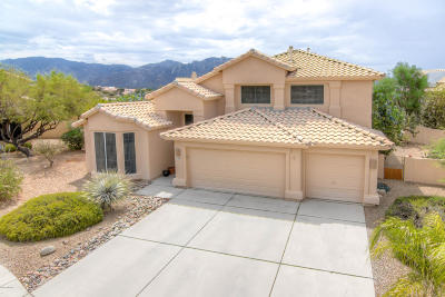Oro Valley Single Family Home Active Contingent: 11268 N Running River Place