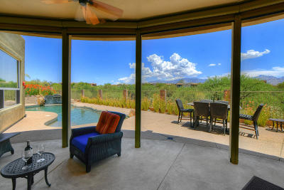 Oro Valley Single Family Home Active Contingent: 684 W Regulation Place
