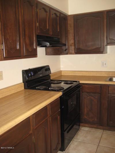 Rental For Rent: 712 W Limberlost Drive #10