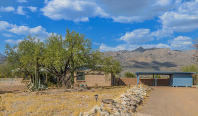 Tucson Single Family Home Active Contingent: 10911 E Limberlost Road