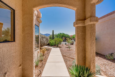 Oro Valley Townhouse Active Contingent: 1341 E Ember Way