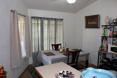 Tucson Condo For Sale: 1706 W Wood Bridge Court