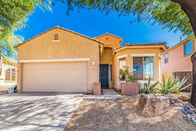 Oro Valley Single Family Home Active Contingent: 12896 Bloomington Loop