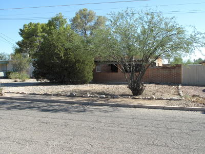 Tucson Single Family Home Active Contingent: 5616 E Lee Street