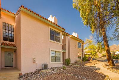 Tucson Condo For Sale: 6445 N Tierra De Las Catalinas #61