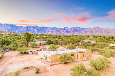 Tucson Single Family Home For Sale: 8111 E Calle Potrero