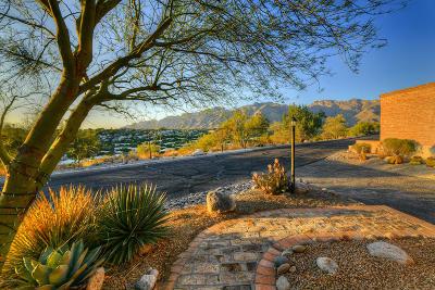 Tucson Townhouse Active Contingent: 5180 N Montezuma Trail