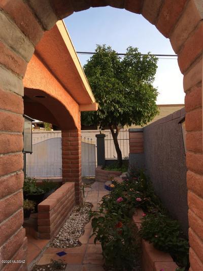 Tucson Townhouse For Sale: 5051 S Cherry Avenue
