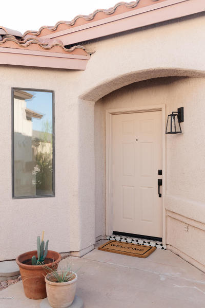 Tucson Single Family Home For Sale: 9960 E Via Del Fandango