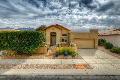 Oro Valley Single Family Home Active Contingent: 365 W Spearhead Road