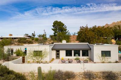 Tucson Single Family Home Active Contingent: 7011 N Camino De Las Candelas