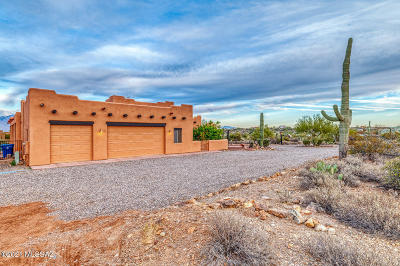 Tucson Single Family Home Active Contingent: 4488 N Grizzly Springs Drive