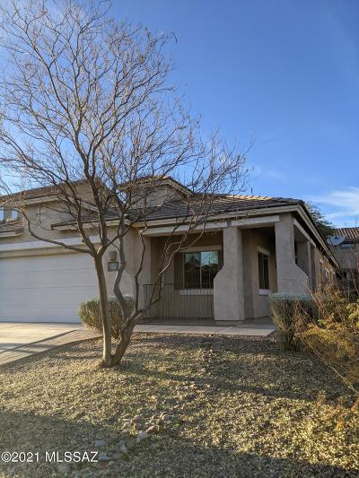 Sahuarita Single Family Home Active Contingent: 760 W Calle Valenciana