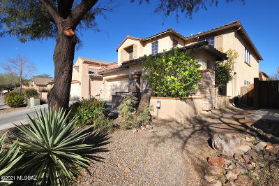 Oro Valley Single Family Home Active Contingent: 1292 W Varese Way